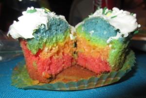 rainbow cupcake 3