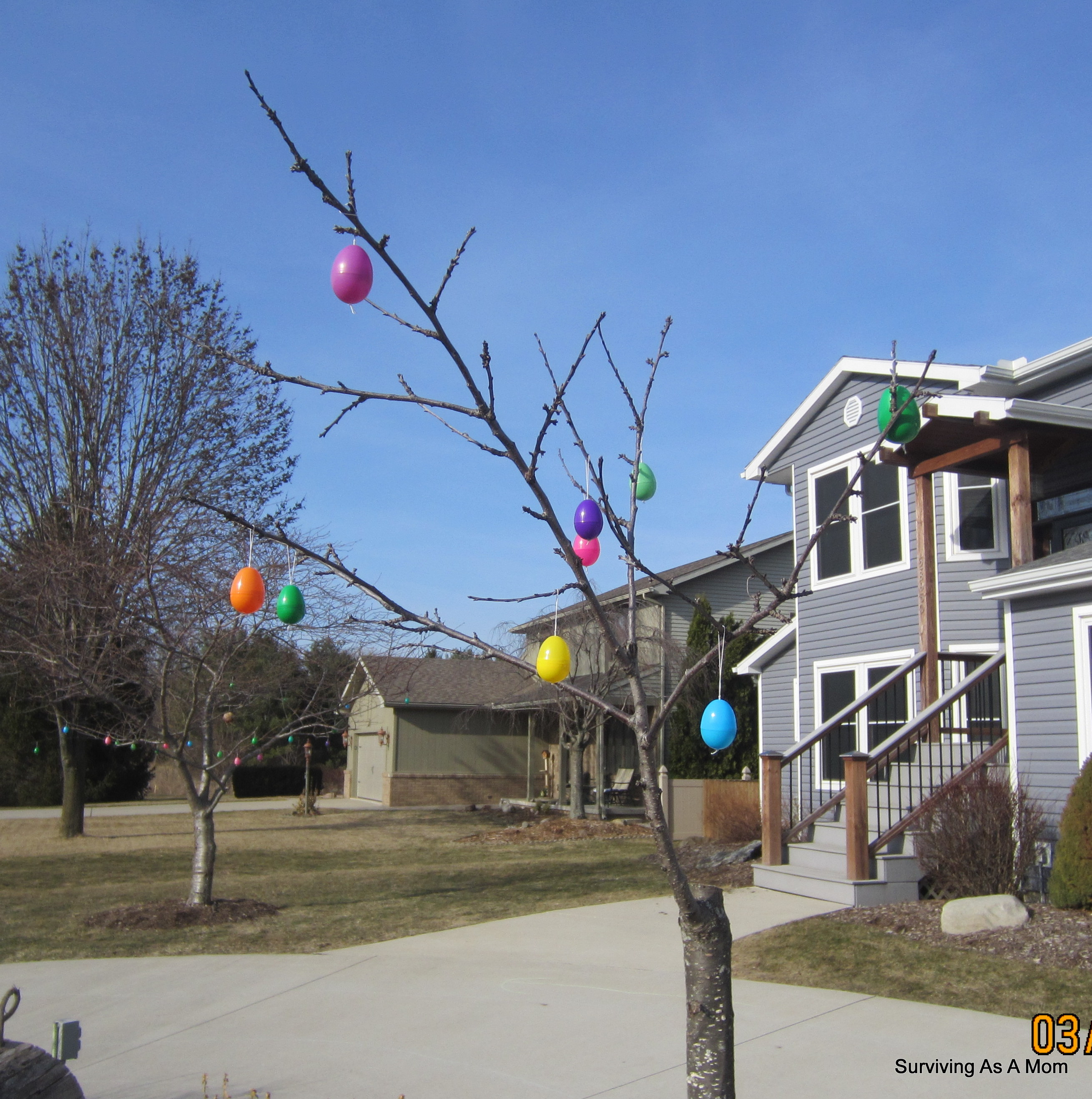 S Loves To Decorate For Holidays I Have Say Think He Gets It From Me Easter Doesn T Really Work Hang Lights Outside